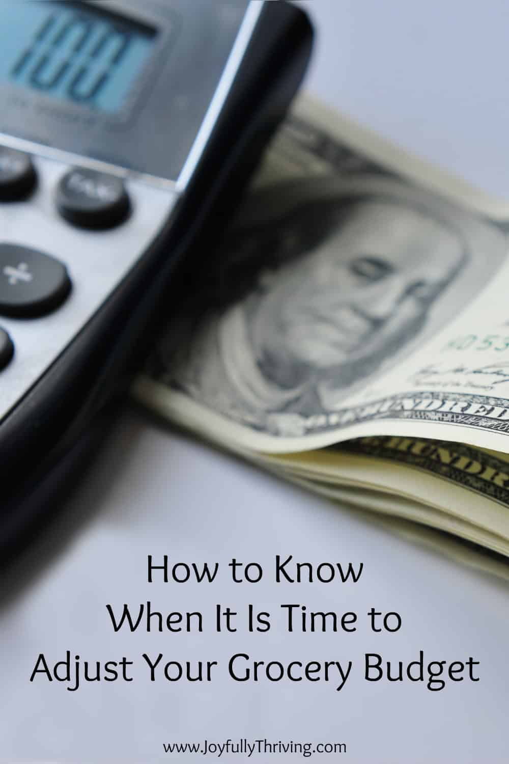 Spending more or less on groceries isn't an easy decision. This has some great ways to know for how to know when it is time to adjust your grocery budget. #savingmoney